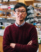 Ming Guo, PhD in lab.